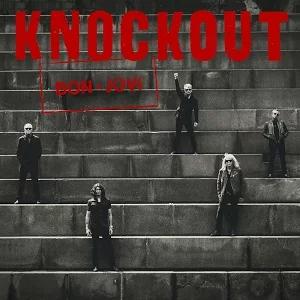 """Okładka singla """"Knockout"""""""